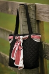 E COUTURE Ladies London Quilted Handbag w/ Scarf