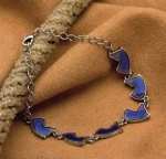 Kelley Equestrian Horse Head Mood Bracelet