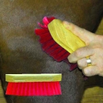 Pony Brush - Red